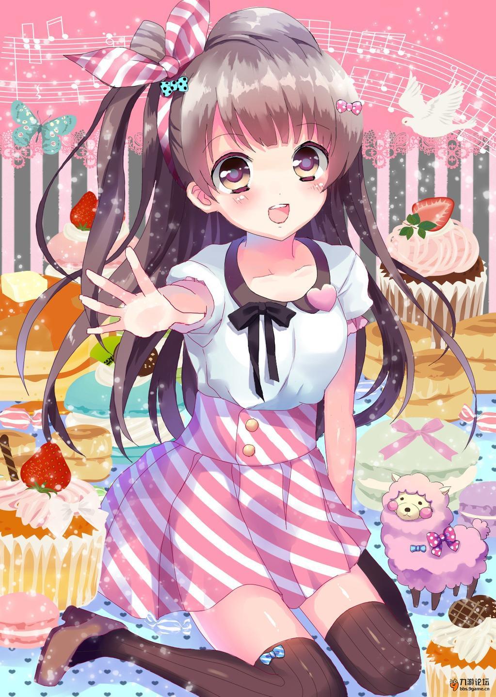 领口蝴蝶结和粉色心的点缀,无不透露出可爱,裙摆不是单调的粉色,而是