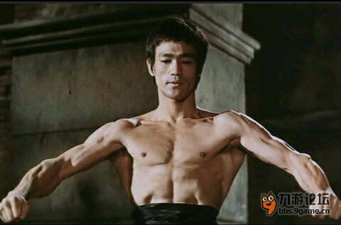 李小龙背肌锻炼方法图解